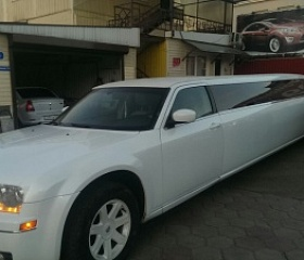 Chrysler 300C 2004 г